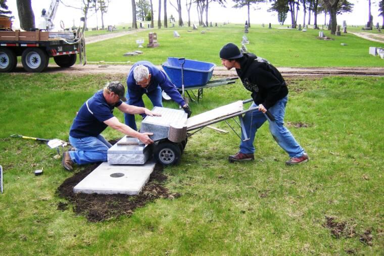 installing memorial on ground